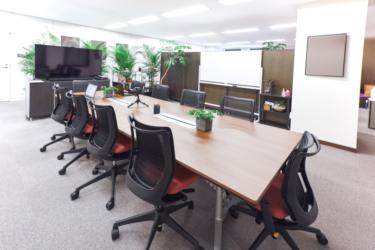 オフィスサイネージの活用事例とそのメリット