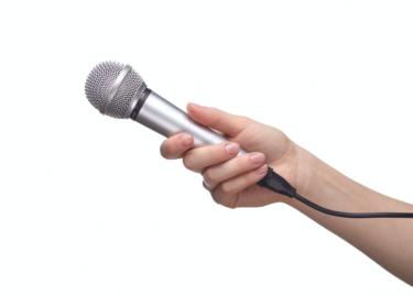 音声対話サイネージ|デジタルサイネージ